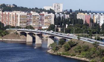 Бородинский мост через реку Камышинка