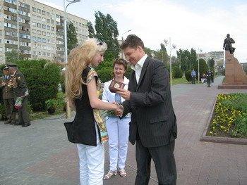 Вручение паспортов молодым камышанам